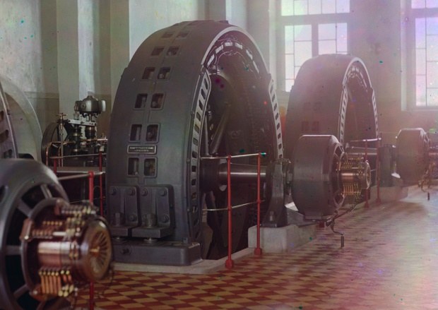 Hydroelectric alternators in Iolotan, Turkmenistan, circa 1910. The floor tiles really bring home to me that this is a different time and place.